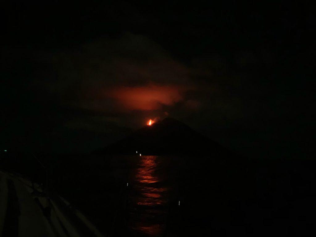 Stromboli-Umrundung in der Nacht