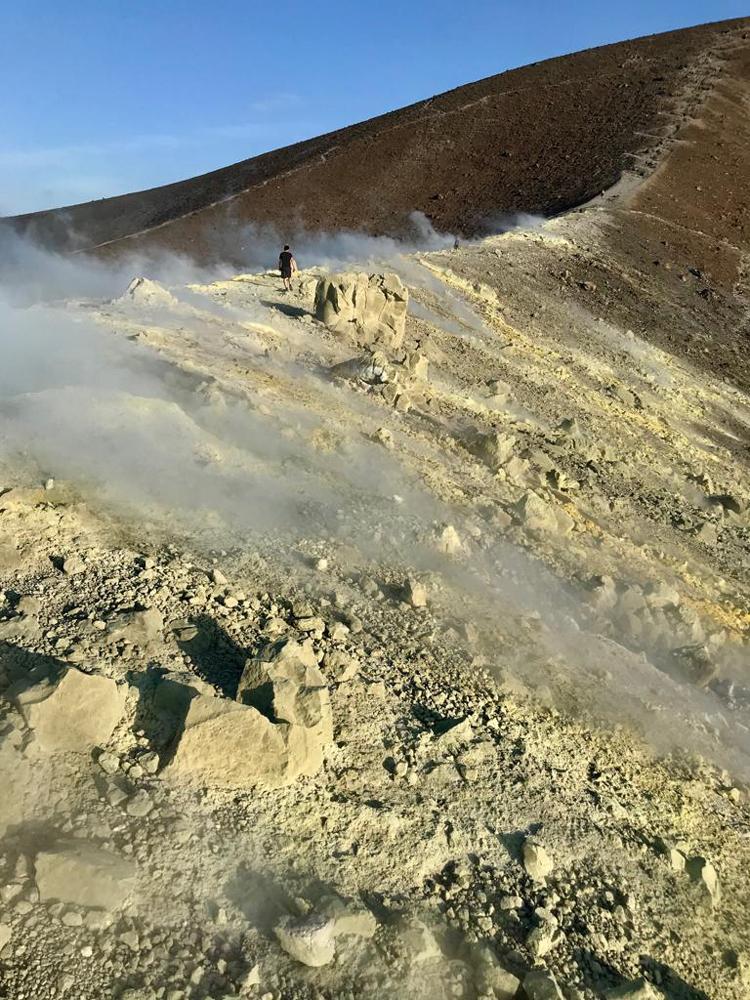 Vulkanische Aktivität macht sich olfaktorisch bemerkbar