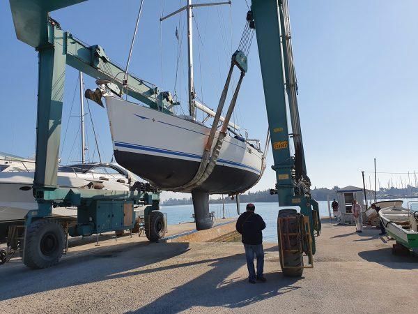 """Unsere InsPIRATion in der Marina Gouvia auf Korfu ist """"ready to go"""": Frisch gestrichenes Unterwasserschiff, neues Teak undundund"""