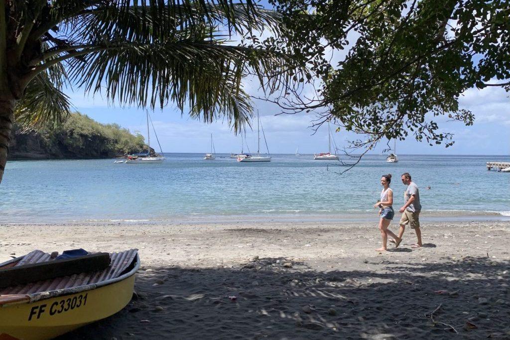 Segeln in der Karibik, Strandspaziergang